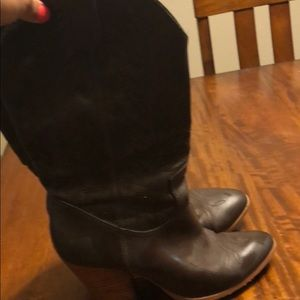Miranda Lambert Cowboy Shoes